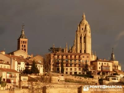 Destilería DYC y Ciudad de Segovia; viaje vip; senderismo exclusivo